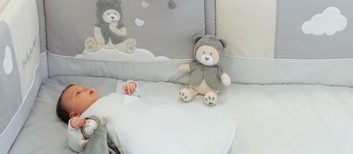 tour de lit pour bébé pas cher