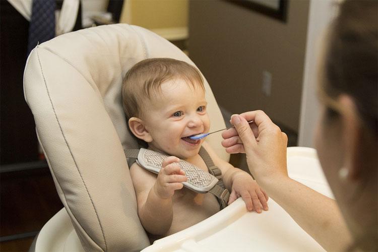 diversification alimentaire bébé 6 mois 3 ans