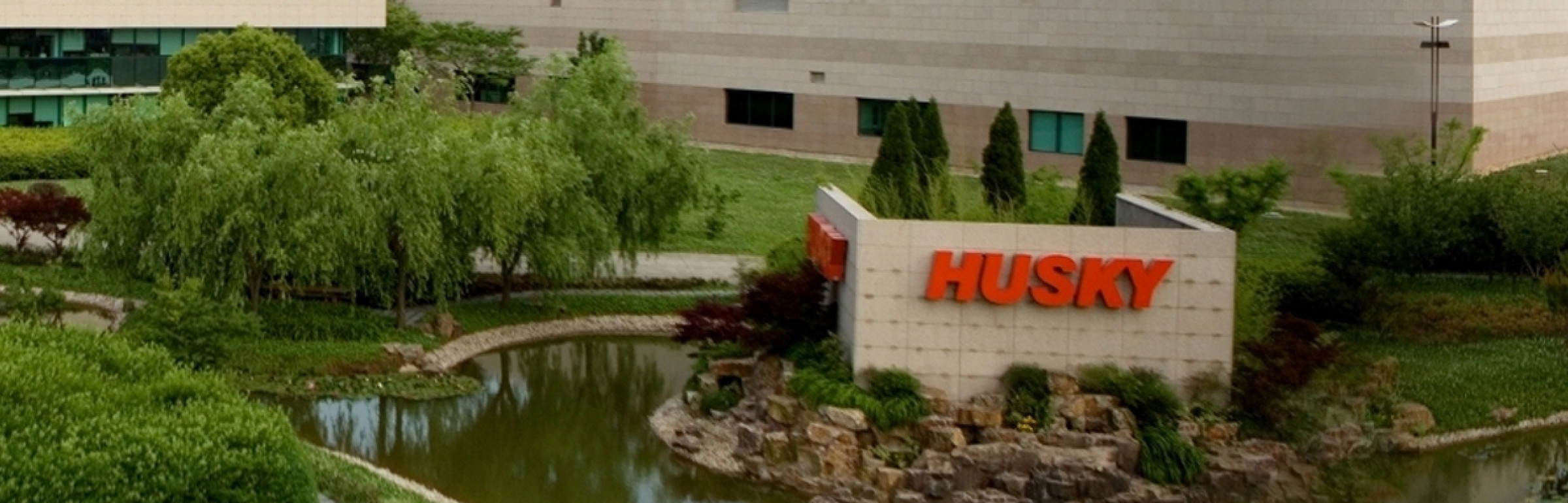 Banner Husky Injection Molding Systems S.A.
