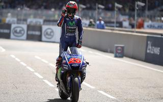 LE MANS: ROSSI SHOW, BUT WIN VINALES WITH FINAL THRILLER