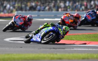 MotoGP Silverstone: Yamaha plays the rally.