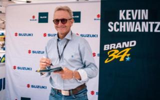 Kevin Schwantz nei box Suzuki al Sachsenting