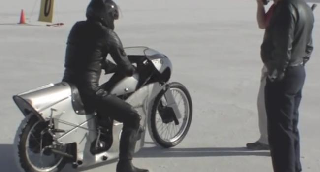 THE FAST HARLEY 45 OF THE WORLD