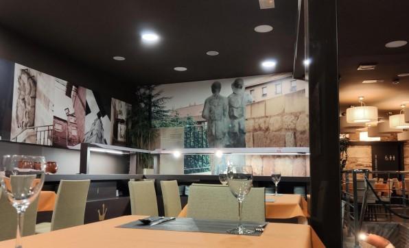 Exposición Colectiva de Pintura Hotel Rey Sancho***