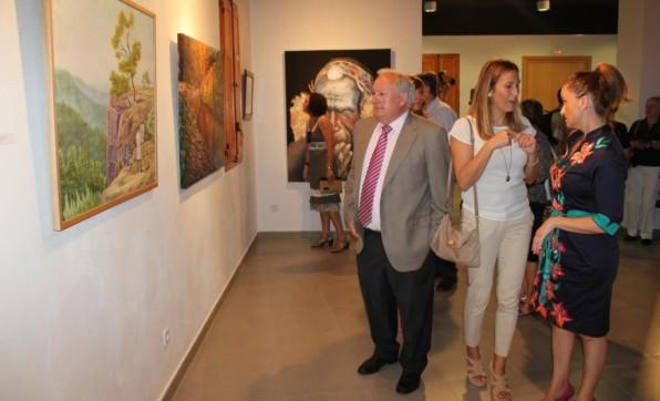 COLECTIVA FOTOGRAFÍA: SALA DE EXPOSICIONES EL MOLÍ RIBA-ROJA DE TÚRIA