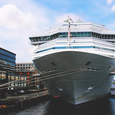 crucero en el mar