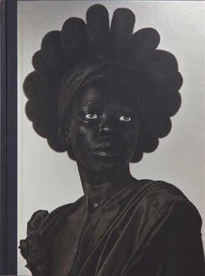 Somnyama Ngonyama : salut à toi, lionne noire !