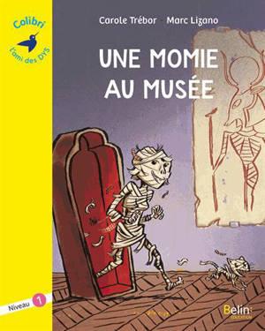 Une momie au musée
