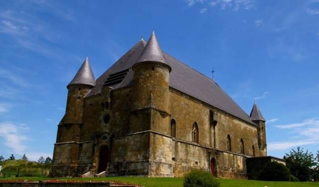 Église fortifiée de St-Juvin