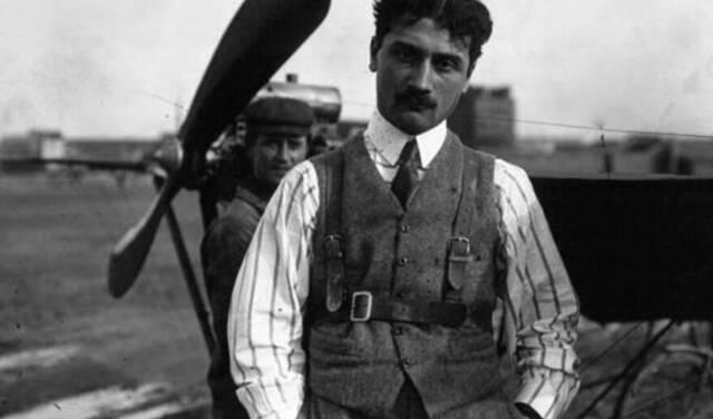 Roland Garros, héros de l'aviation