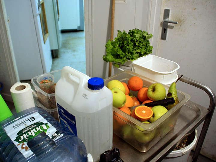 PAD_actu_soigneurs_cuisine_preparation_repas_animaux-4.jpg