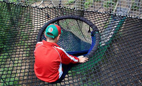 PAD_Hamac_a_Bonds_toboggan_trampoline.jpg