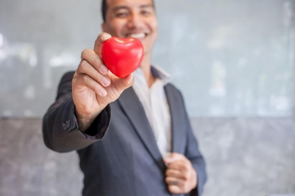 Man_holding_heart.jpg