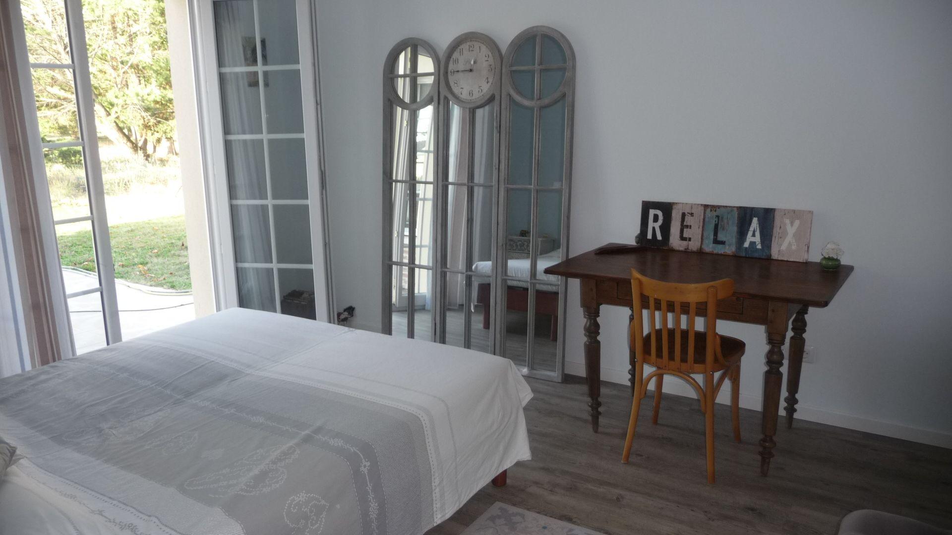 Colocation Ambarès-et-Lagrave 60PLUS & Location Chambre à louer Ambarès-et-Lagrave 60PLUS | Loue chambre meublée Ambarès-et-Lagrave 60PLUS | Logement Ambarès-et-Lagrave 60PLUS