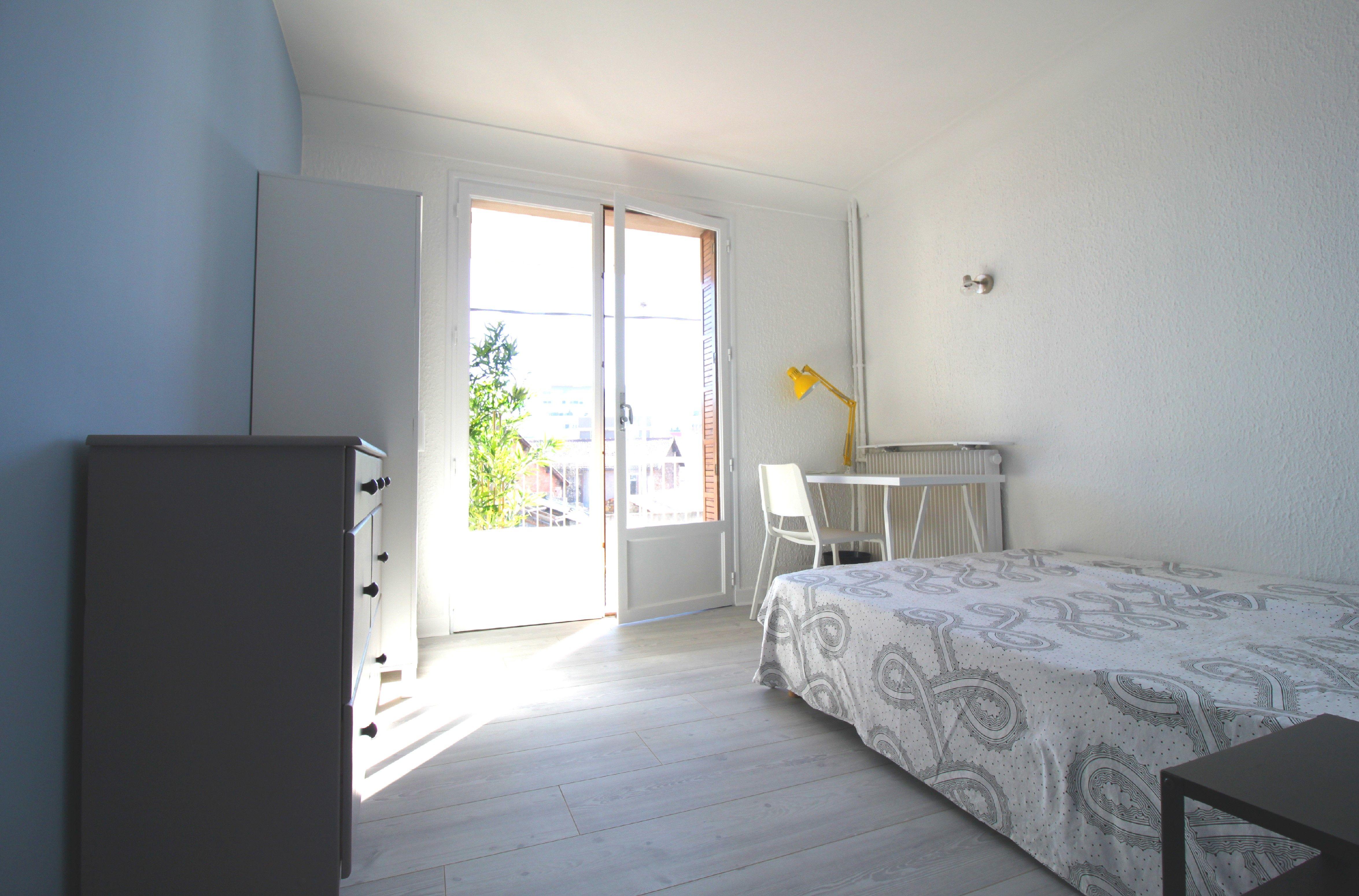 Cuisine-Colocation Le Puy-en-Velay 60PLUS & Location Chambre à louer Le Puy-en-Velay 60PLUS | Loue chambre meublée Le Puy-en-Velay 60PLUS | Logement Le Puy-en-Velay 60PLUS