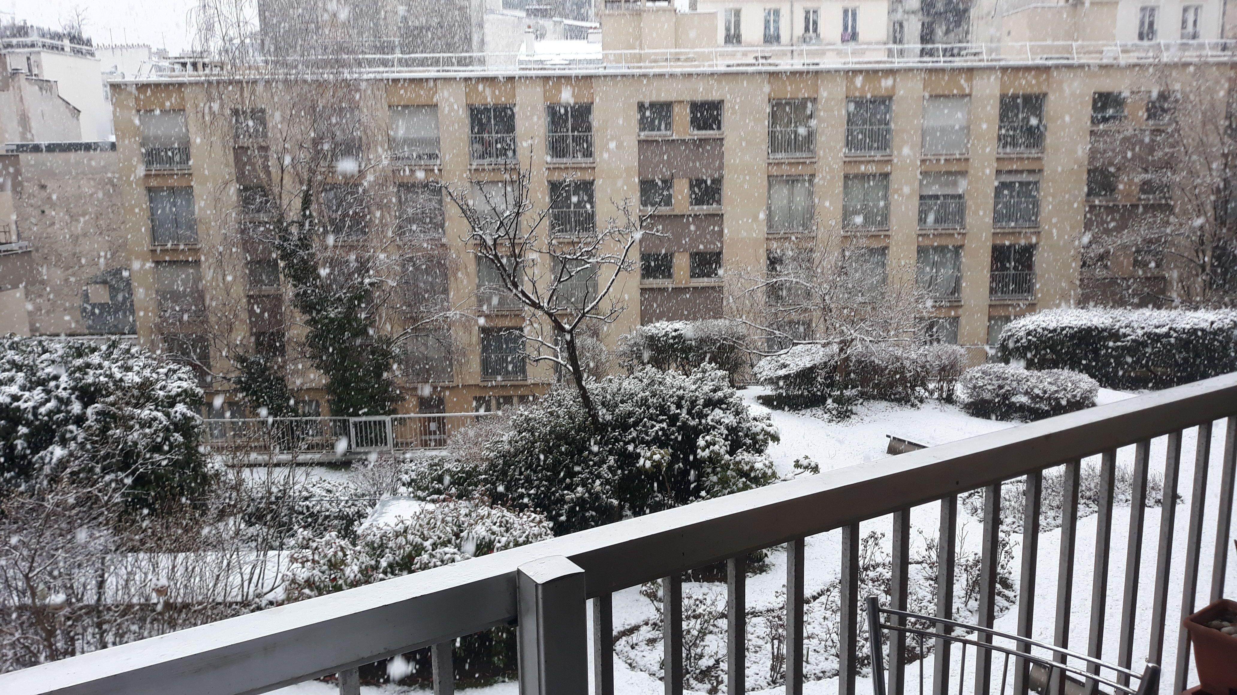 Chambre-à-louer-Paris 18ème arrondissement-jeanluc18e