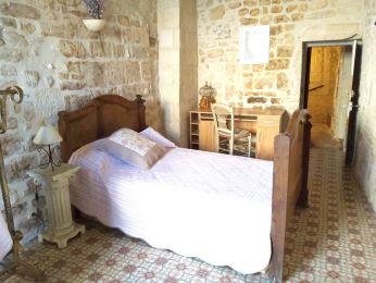 Chambre-à-louer-Beaucaire-denise