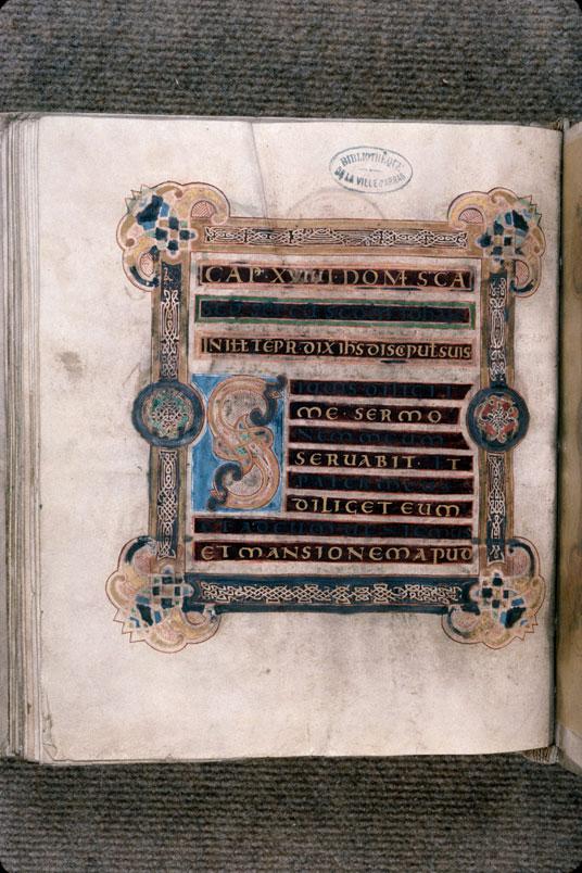 Evangéliaire-collectaire - Page décorée_0