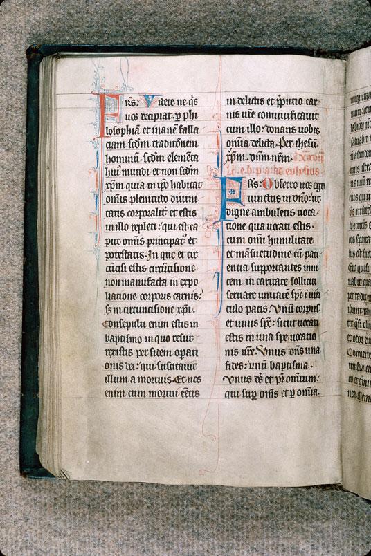 Lectionnaire de messe - Initiales filigranées_0