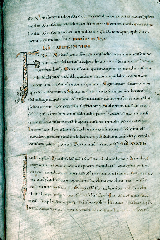 Lectionnaire de messe - Initiales ornées_0