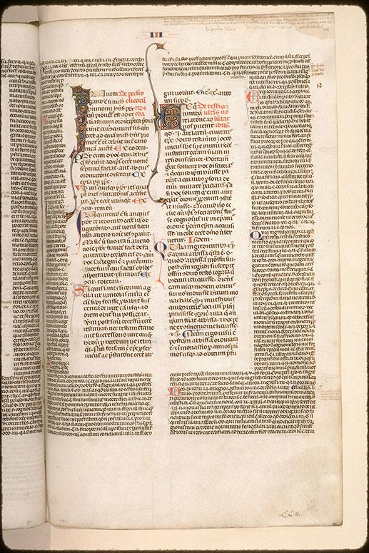 Decretales - Initiales ornées_0