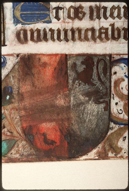 Heures à l'usage d'Amiens - Page décorée, avec armes (à identifier)_0