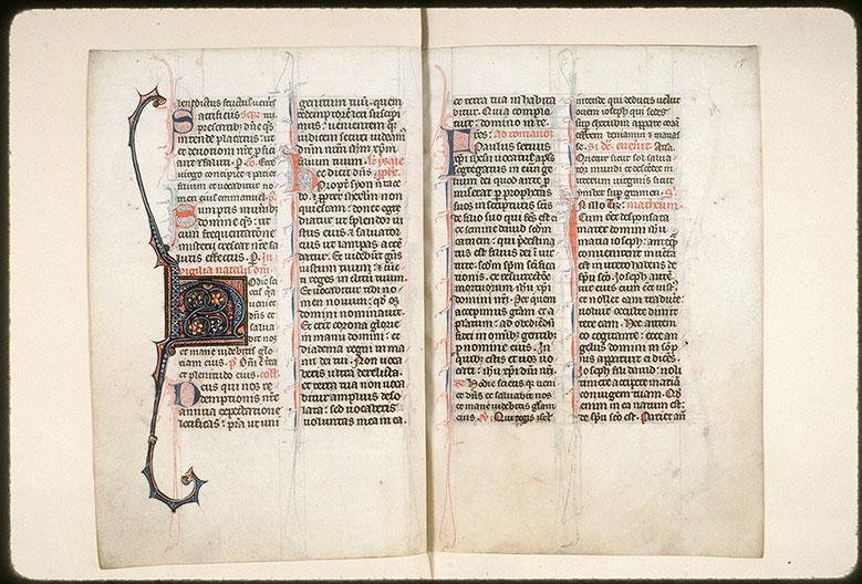 Missel à l'usage de l'abbaye Saint-Pierre de Corbie - Initiale ornée_0