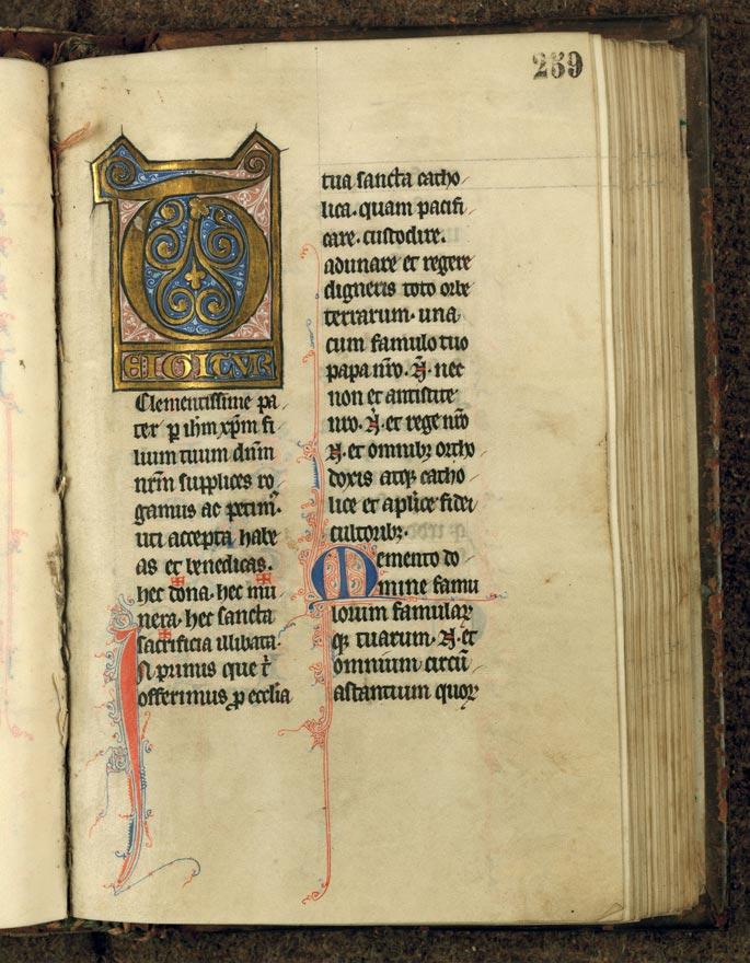 Missel à l'usage de l'abbaye de Sainte-Rictrude de Marchiennes - Initiale ornée_0