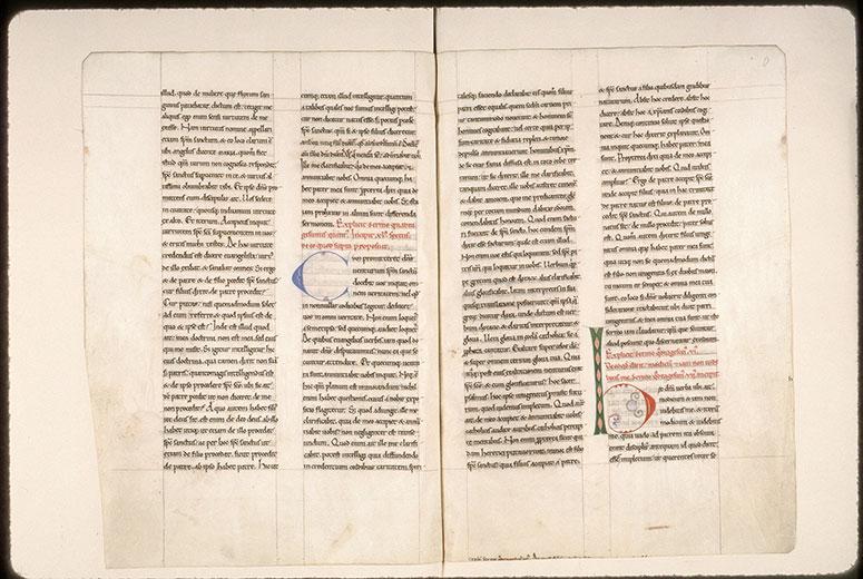 Tractatus in Evangelium Johannis - Initiales de couleur ornées_0