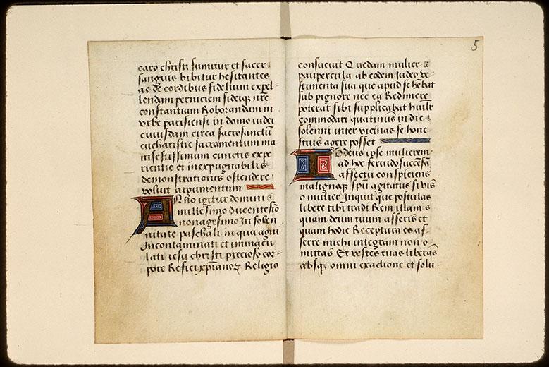 Cartulaire des frères de la Charité Notre-Dame, à Boucheraumont - Initiales champies et bouts-de-ligne ornés_0