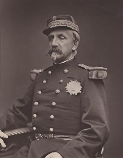 Henri duc d'Orléans, duc d'Aumale en uniforme de général_0
