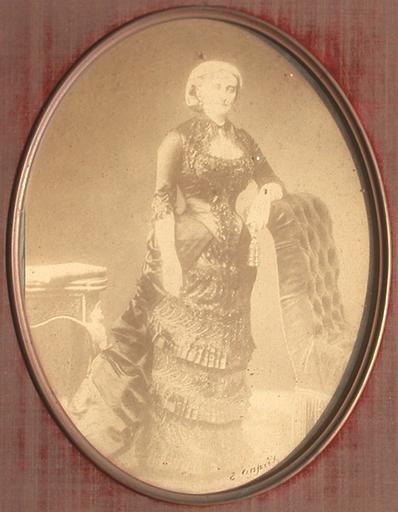 Marie-Caroline de Bourbon-Siciles, duchesse d'Aumale_0