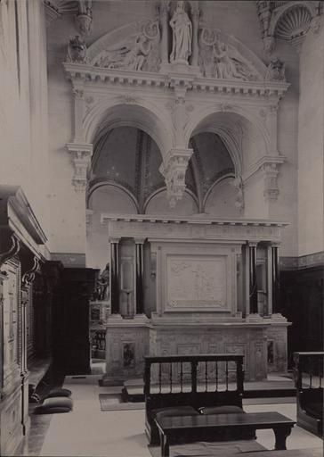 Le château de Chantilly : L'intérieur de la chapelle_0