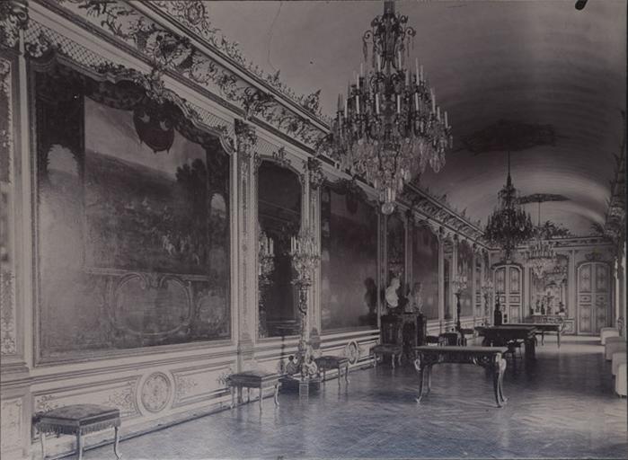 Le château de Chantilly : La Galerie des Batailles_0