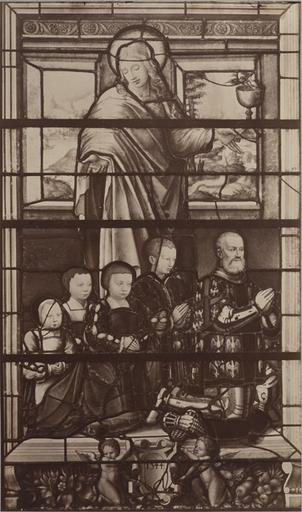 Vitrail de la chapelle de Chantilly : le connétable de Montmorency et ses enfants. 1544