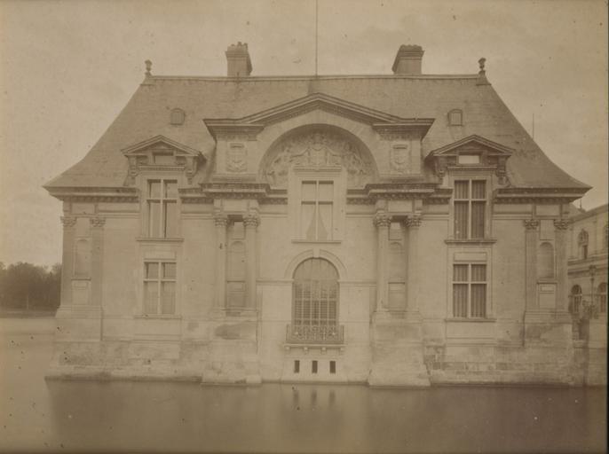 Chantilly, le pavillon Jean Bullant. 17_0