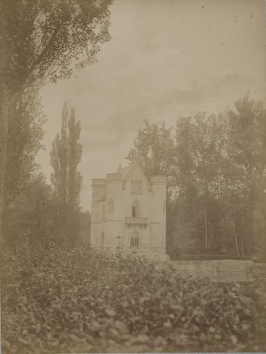 Commelle : le château de la Reine Blanche. 6_0
