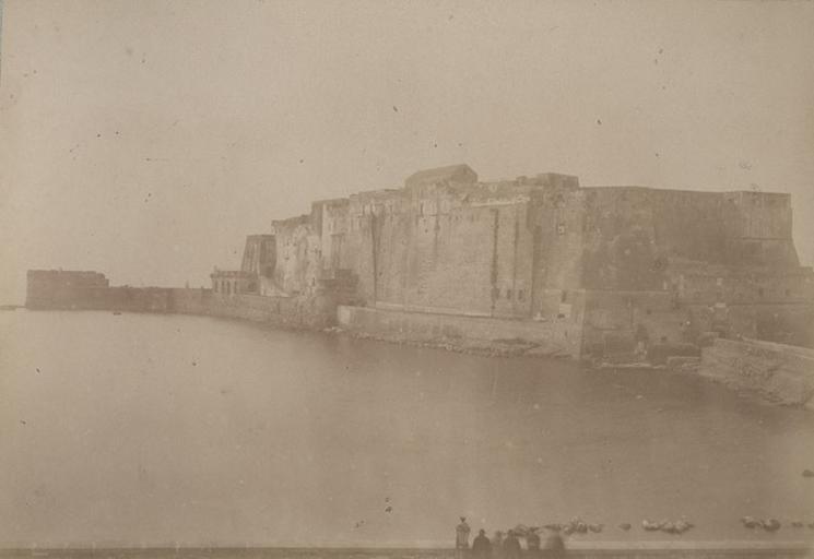 Château de l'Oeuf. Naples. 31 mars 1885. 282_0