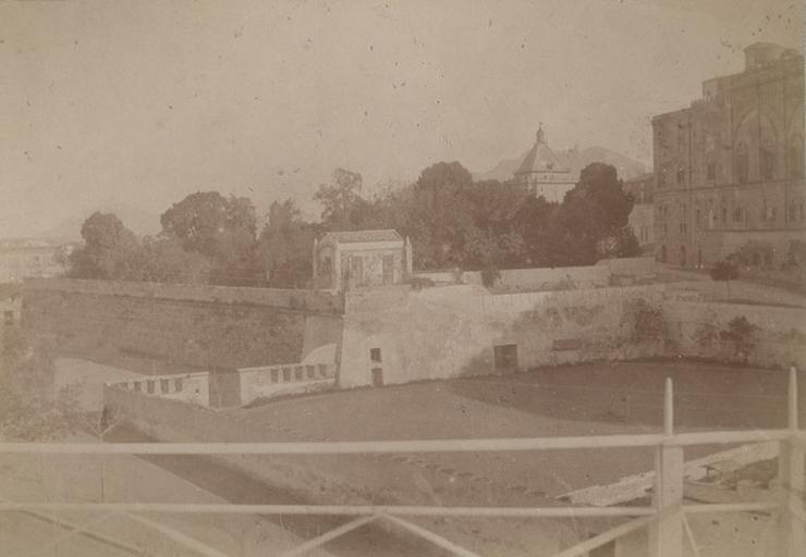 De la terrasse du duc d'Aumale. Villa d'Orléans. Palerme. 6 avril 1885. 279