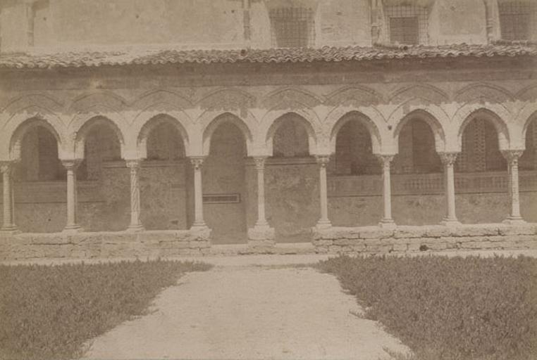 Cloître de Montréal (Sicile) 13 avril 1885. 240