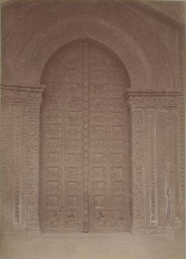 Porte de l'église de Montréal (Sicile) 13 avril 1885_0