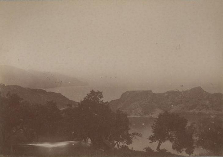 Vue prise de Taormina, Sicile. 20 avril 1885_0