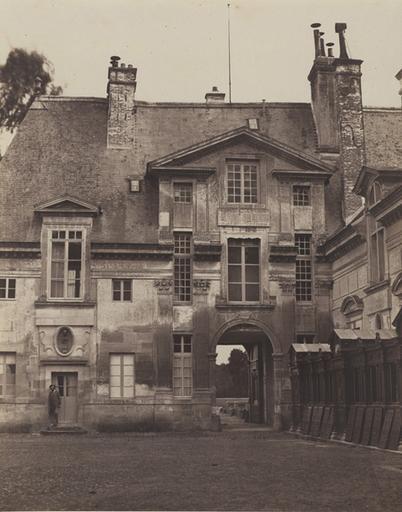 Le château : cour intérieure_0