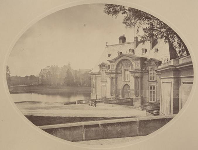 Château vu de la rampe du Connétable