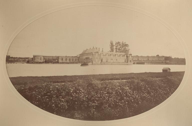 Le petit château et le château d'Enghien vus du jardin anglais_0