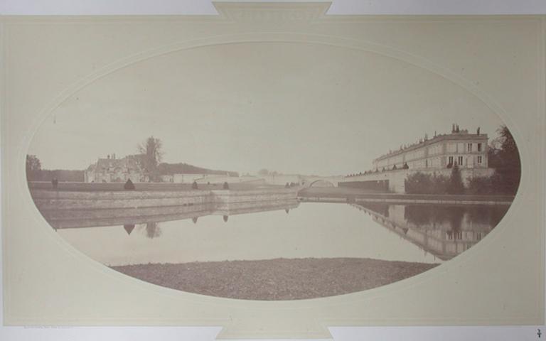 Le petit château et le château d'Enghien vus de l'étang de Sylvie_0