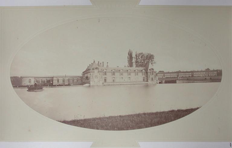 Le petit château et le château d'Enghien_0