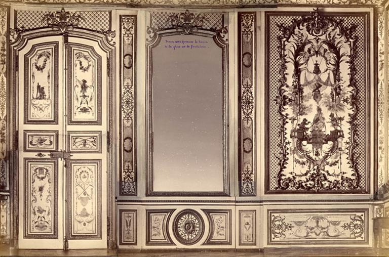 Fragments du salon Chinois. Mention manuscrite : Dans cette épreuve le haut de la glace est de fantaisie. Montage photographique._0