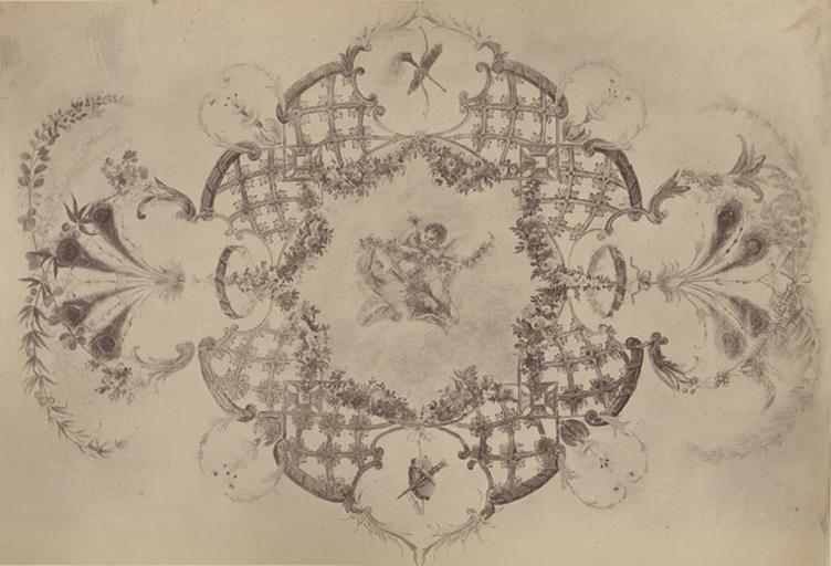 Fragments du cabinet des Singes. Rosace du plafond_0