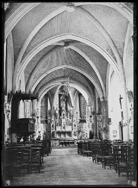 Intérieur de l'église - Labouheyre (Landes) (Titre attribué)_0